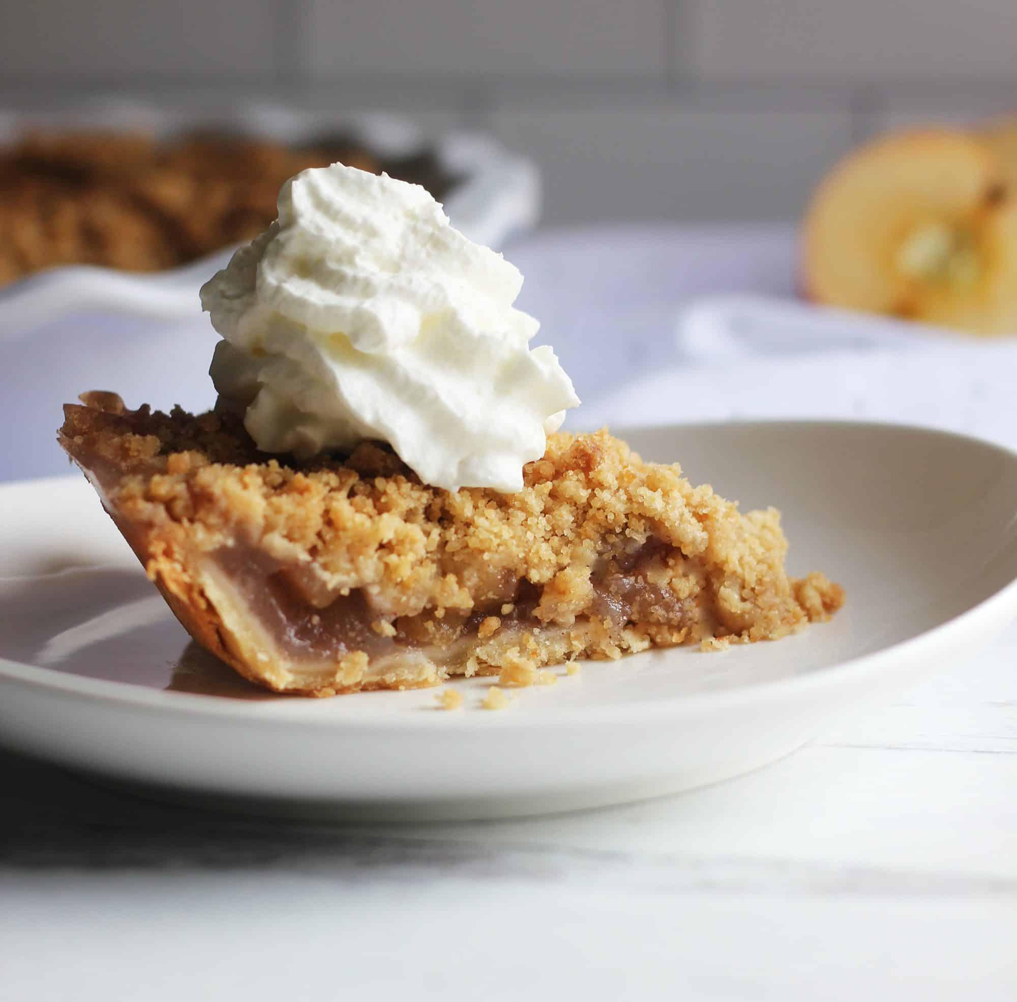 Vegan Apple Crumb Pie