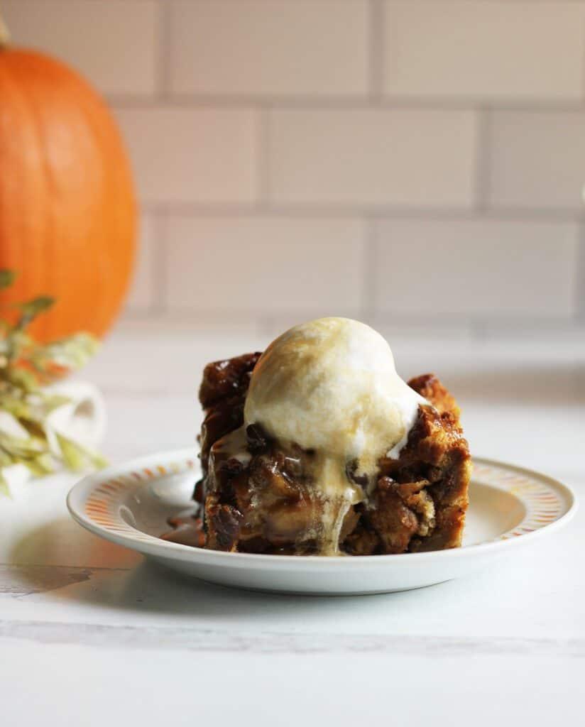 Vegan Pumpkin Bread Pudding